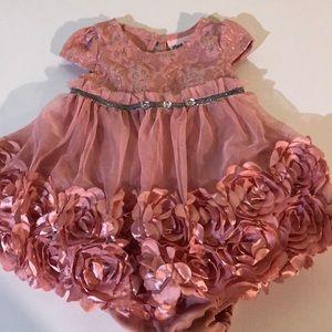 Little Lass Formal dress size 3-6months